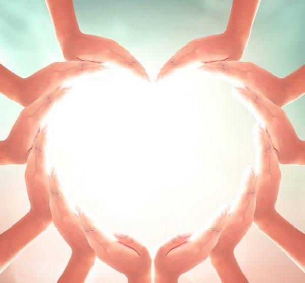 ידיים של אהבה